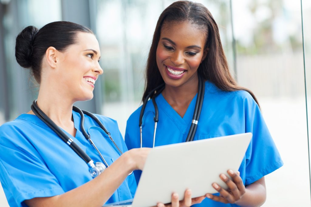 Épuisement du personnel en soins : des solutions sont sur la table