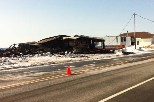 Un feu ravage une usine à Pabos